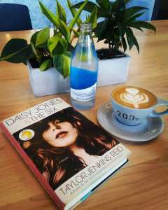 Book Review Daisy Jones and The Six